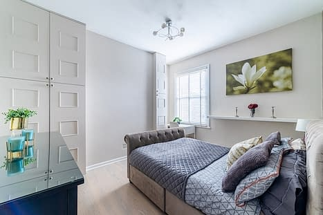 Painter in North London